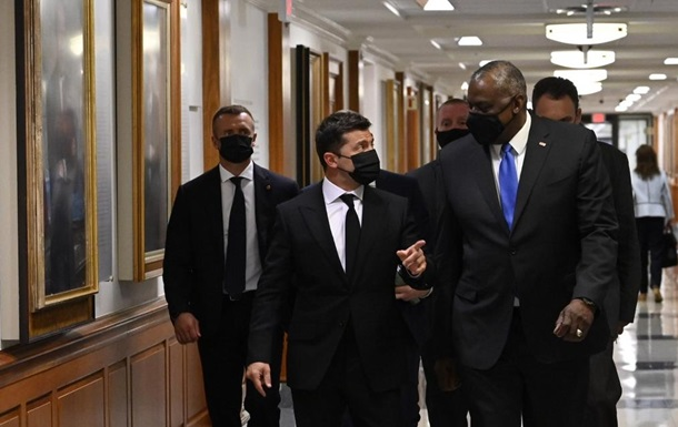 Зеленский обсудил Донбасс с главой Пентагона