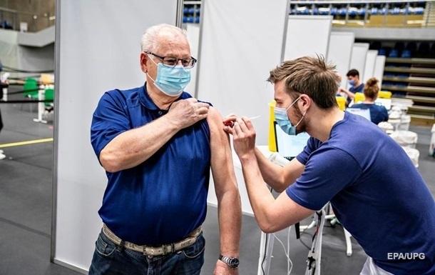 За сутки вакцинировались более 150 тысяч украинцев