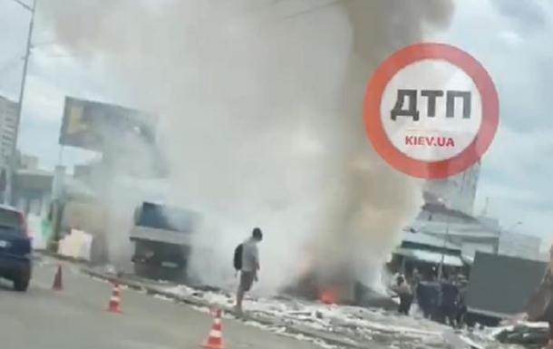 В Киеве произошел пожар на рынке - СМИ