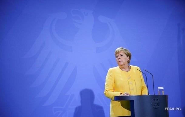 У ФРН прогнозують, що Меркель залишиться канцлером до кінця року