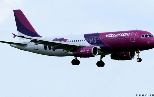 Wizz Air запровадить обов язкову вакцинацію для екіпажів на рейсах