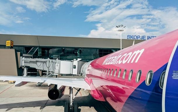Персонал Wizz Air змусять пройти вакцинацію