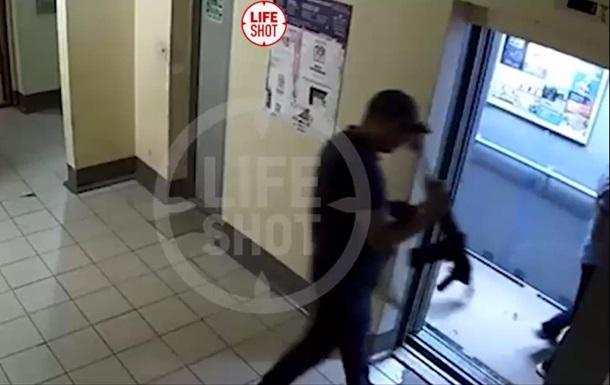 У Казані в ліфті житлового будинку чоловіка застрелили з рушниці