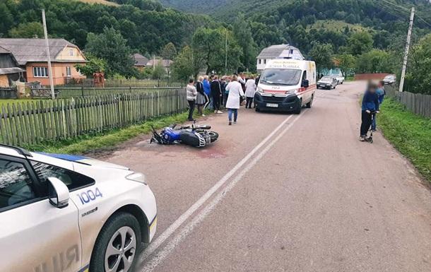 У ДТП на Прикарпатті постраждали троє підлітків