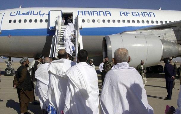 Первая афганская авиакомпания возобновляет внутренние рейсы - СМИ