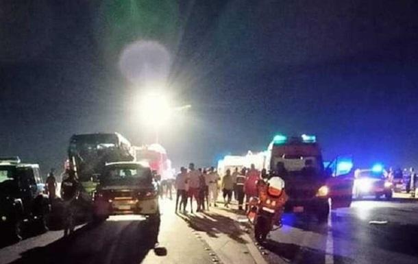 ДТП з автобусом в Єгипті: вісім загиблих, 38 постраждалих