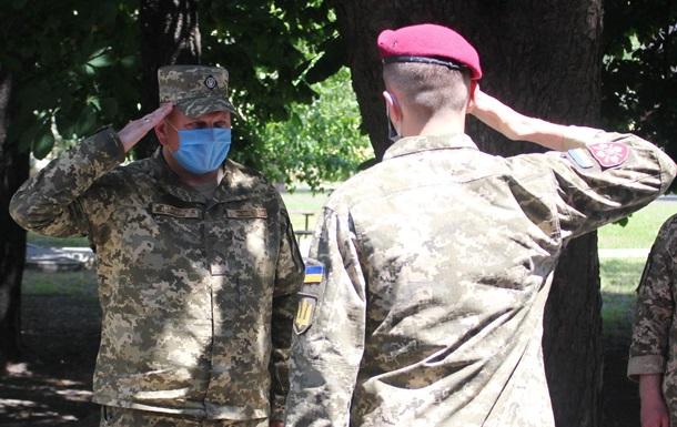 От души : командующий ВСУ о  песне про Путина  на репетиции к параду