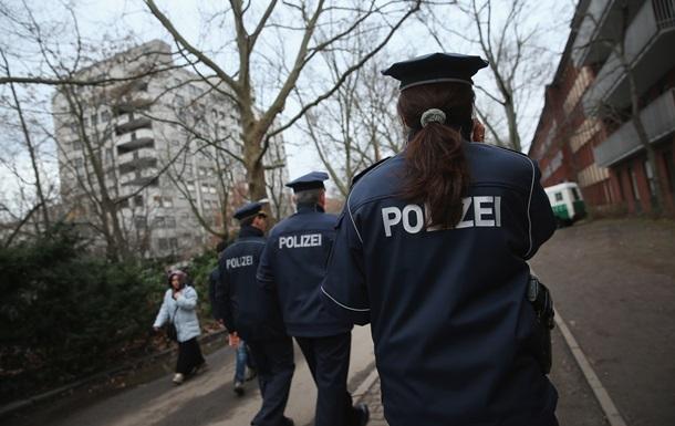 В Германии афганец напал с ножом на пожилых людей