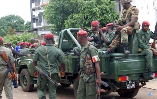 В Гвинеи на улицы вышла армия, идут перестрелки