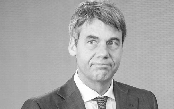 У Китаї раптово помер посол Німеччини