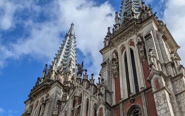 Мінкульт назвав суму, необхідну для відновлення костелу, який горів
