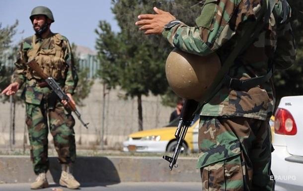 Талибы стрельбой разгоняют протестующих против Пакистана в Кабуле - СМИ