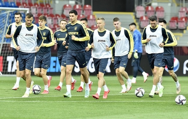 Україна і Чехія визначилися з формами на товариський матч