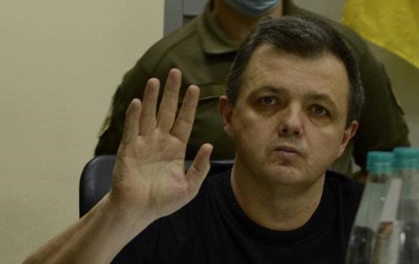 Семенченку, який оголосив голодування, продовжили арешт
