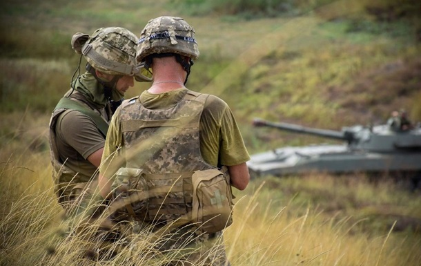 На Донбассе ранены двое военнослужащих