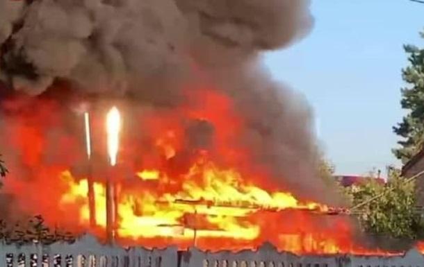 Под Киевом на СТО произошел пожар со взрывом