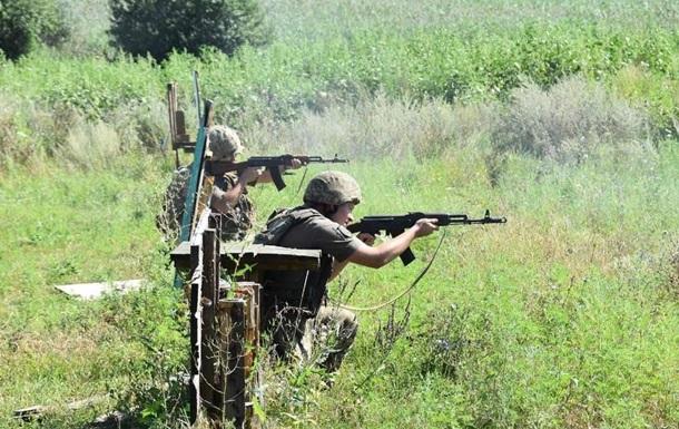 Обстріл на Донбасі: шестеро бійців травмовані