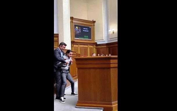 Тищенко пояснил, зачем напал на Лероса