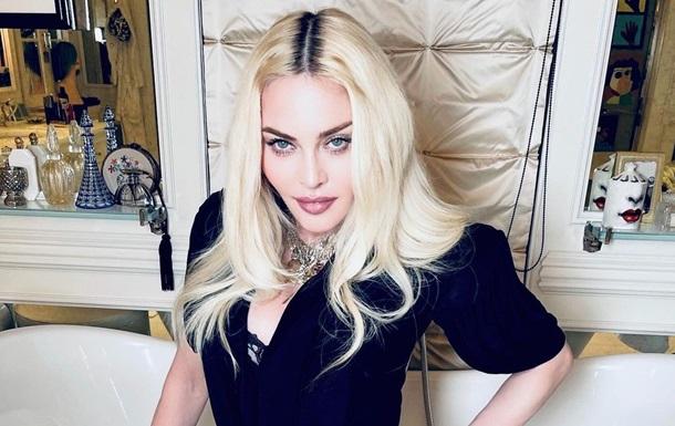 Мадонна вразила роликом тренування на брусах