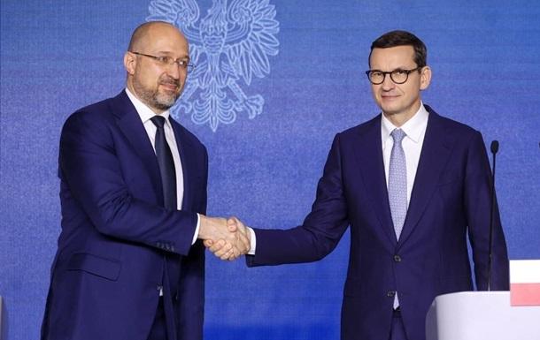 Шмыгаль в Польше обсудил инвестиции и СП-2