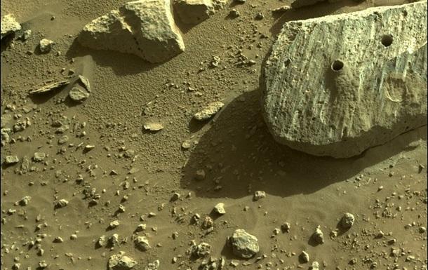 Марсоход NASA добыл второй образец породы