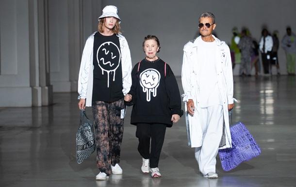 """Рециклинг это новая мода: украинский бренд Roussin и корпорация """"Биосфера"""" создали сумки из переработанного полиэтилена"""