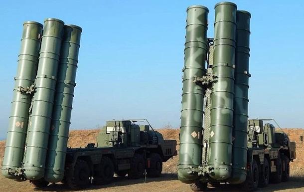 Россия провела в Крыму учения с привлечением комплексов С-400