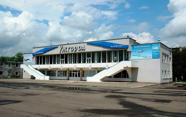 Аэропорт Ужгород принял первый авиарейс из Словакии