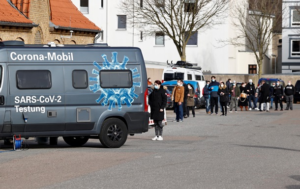 COVID больше не опасен. Как Дания сняла карантин
