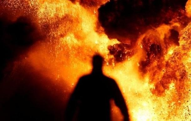У Донецьку на нафтобазі прогримів вибух