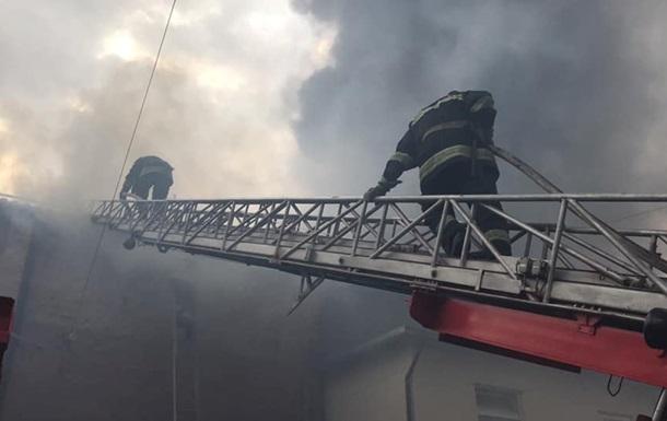 В центре Чернигова горел ресторан, пострадал посетитель
