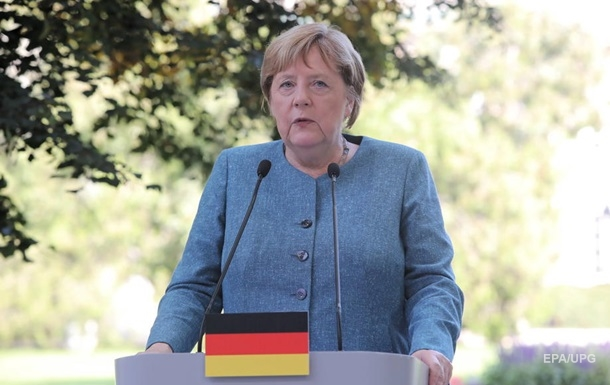 Меркель хоче зберегти транзит газу через Україну