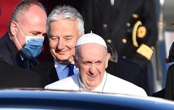 Папа Римский Франциск прибыл с визитом в Венгрию