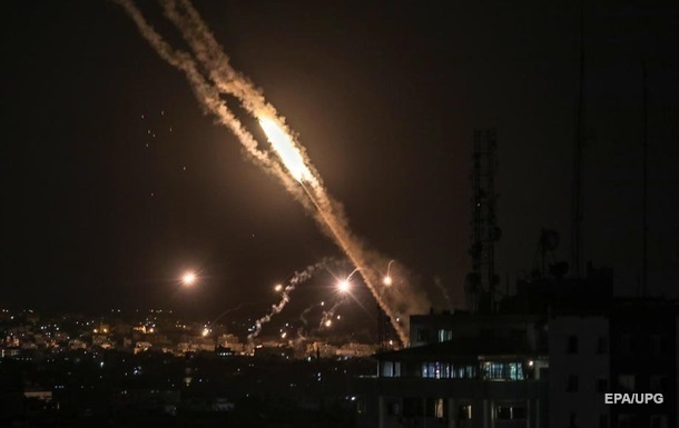 Боевики ХАМАС выпустили ракету по Израилю