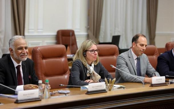 СБ дав Україні пораду щодо накопичувальних пенсій
