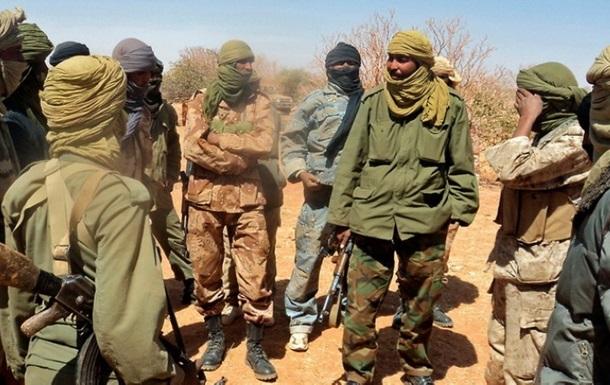 У Нігерії бойовики захопили два пасажирські автобуси і викрали людей