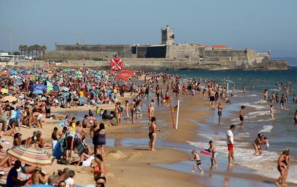 У Португалії скасували обов язкове носіння масок на вулиці