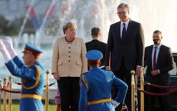 Меркель вважає вступ балканських країн в ЄС необхідним
