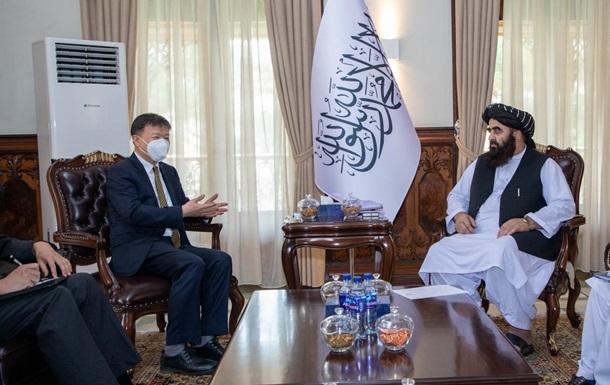 МИД талибов начал принимать иностранных дипломатов