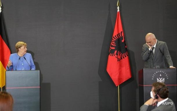 На пути Балкан к вступлению в ЕС есть препятствия - Меркель