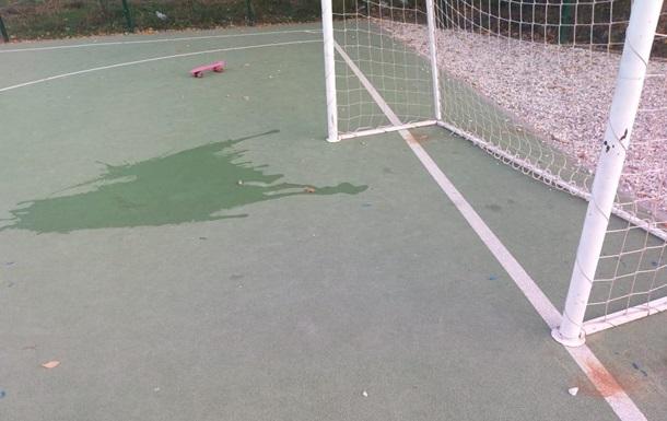 В Харькове ребенок попал в реанимацию после занятия на школьном стадионе