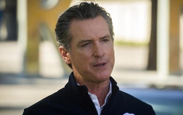 У Каліфорнії проголосували проти відкликання губернатора-демократа