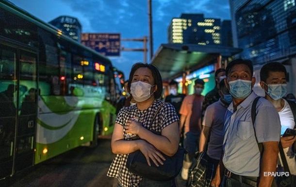 В Китае полностью привились от COVID-19 более 1 млрд жителей