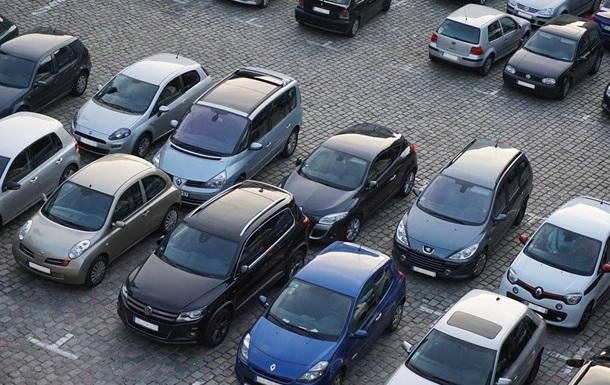 На Оболони в Киеве ввели платную парковку