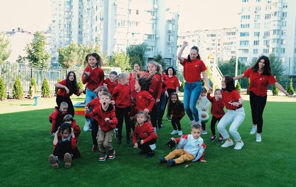 Продовжується набір до першої в Україні канадської двомовної школи Maple Bear