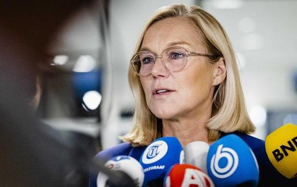 Глава МЗС Нідерландів заявила про відставку