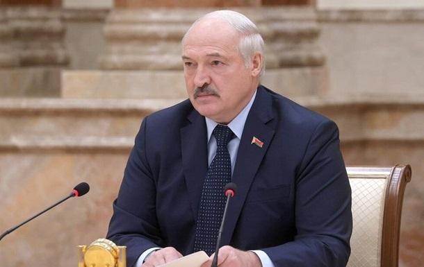 Лукашенко натякнув на територіальні претензії до Польщі і Литви