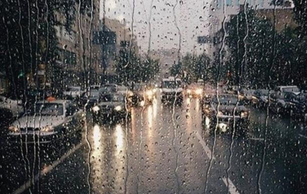 Неделя в Украине начнется с дождей