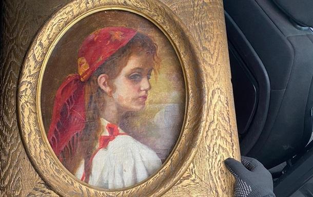 Австриец пытался вывезти из Украины старинные книгу и картину