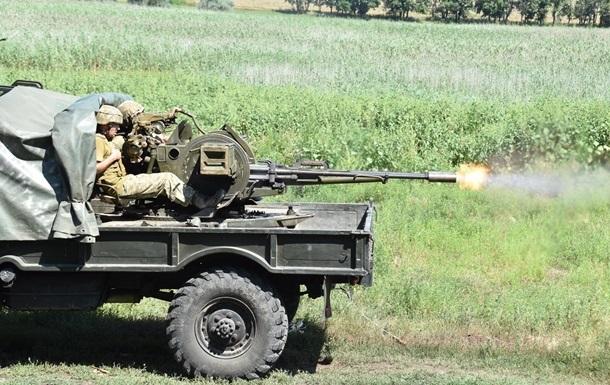 Военных не штрафуют за ответный огонь на Донбассе – Наев